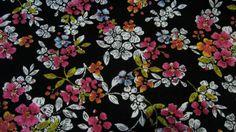 Stoff♥ hübsche Blumen auf schwarz ♥ Malavi von ஐღKreawusel-aufgehübschtஐღ  auf DaWanda.com
