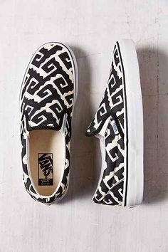 Vans Era Van Doren Geo Womens Slip-On Sneaker - Urban Outfitters