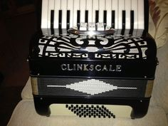 S/Hand Clinkscale 48 Bass Accordion