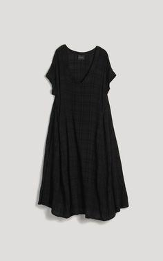 the perf black dress