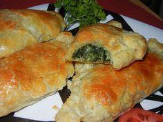 Easy Garlic Spinach Cheese Empandas