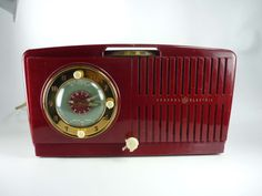 Vintage 1951 Maroon Red and Aqua Clock Radio by ChromaticWit, $34.99