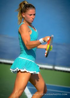 Cure Tennis Elbow Pain and Get Back To Your Daily Activities Camila Giorgi, Sport Tennis, Play Tennis, Cristiano Ronaldo, Maria Sharapova Hot, Tennis Pictures, Camilla, Beautiful Athletes, Ladies Day