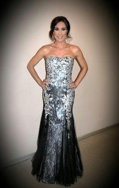 Vestido palabra de honor negro/plata de @vertizegala #moda #fiesta #novias #glamour #estilo