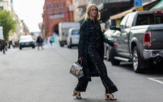 Laura Tonder #lauratonder #streetstyle #fashion #streetfashion #street #mode #moda #stockholm #lifestyle #woman #stylish #stylist #fashionable #fashionweek #shoes #bag #bloggers #blogger #fashionblogger #design #print #silver #details