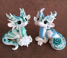 dragonsandbeasties Polymer Clay Kunst, Polymer Clay Dragon, Polymer Clay Figures, Cute Polymer Clay, Polymer Clay Animals, Cute Clay, Polymer Clay Projects, Polymer Clay Charms, Polymer Clay Creations