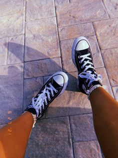 Chuck Taylor Sneakers, Chuck Taylors, All Star, Passion, Stars, Converse Shoes, Sterne, Star