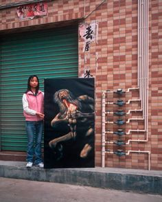 China produces 70 percent of copies of famous masterpieces for export to North America and Europe. The fastest copy artists chug out 30 paintings a day. In his series Real Fake Art, photographer Mi… Hong Kong, Michael Wolf, Wolf Photography, Wolf Painting, Francisco Goya, Francis Bacon, Paris, Photos, Fotografia