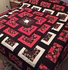 Simply Style Stacked Squared Quilt Simply Style Stacked Squares Quilt This Tutorial is available for free.Once you have chosen the quilt you should assemble the entire material you need for the Simply Style Stacked SquaresThis post was discovered by Colchas Quilting, 3d Quilts, Scrappy Quilts, Easy Quilts, Quilt Block Patterns, Pattern Blocks, Quilt Blocks, Quilting Tutorials, Quilting Projects