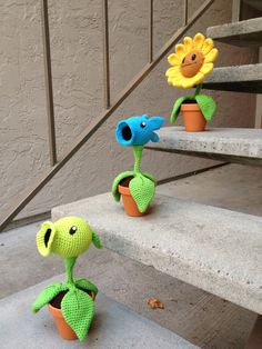 Some of the PVZ characters together protecting the apartment complex