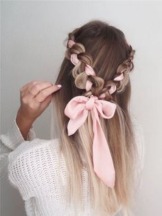 Choosing the right prom hairstyle is a major deal! We have collected 42 pretty prom hairstyles ideas for long hair that will impress anyone. Hairstyles 42 Easy And Pretty Prom Hairstyles Ideas For Long Hair In 2020 Valentine's Day Hairstyles, Easy Hairstyles For Long Hair, Pretty Hairstyles, Wedding Hairstyles, Casual Hairstyles, Elegant Hairstyles, Latest Hairstyles, Braids Long Hair, Long Hairstyles