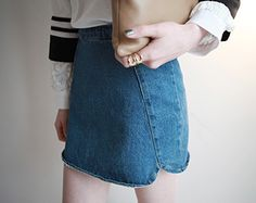 Today's Hot Pick :Denim Pencil Mini Skirt http://fashionstylep.com/SFSELFAA0001370/righthen/out Accentuate your body curves with this mini pencil skirt. It has a denim fabric which adds style in your outfit. It also has a diagonal yoke for added design. You can wear this with your tops and heels.
