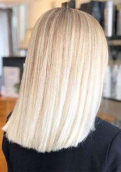 Soft Platinum Blonde Hair Color Shades for Women 2019 Blonde hair models – Hair Models-Hair Styles Cream Blonde Hair, Blonde Hair Looks, Blonde Hair Colour Shades, Platinum Blonde Hair Color, Blonde Hair Models, Cotton Candy Hair, Rides Front, Hair Color Techniques, Latest Hair Color