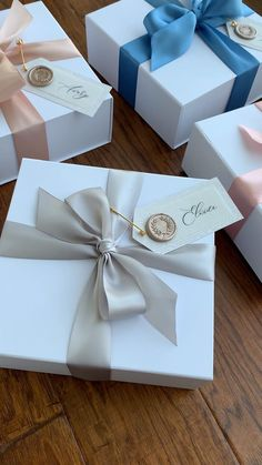Shop Our Customizable Bridesmaid Proposal Boxes - Custom Gift Box - Bridesmaid Gift Boxes, Bridesmaid Proposal Gifts, Bridemaid Box, Bridesmaid Gifts Unique, Wedding Bridesmaids, Creative Gift Wrapping, Creative Gifts, Creative Gift Packaging, Cookie Wrapping Ideas