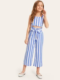 Girls Button Up Top And Paperbag Waist Pants Set Mädchen Button Up Top und Paperbag Waist Pants Set - kidenhome Teenage Girl Outfits, Kids Outfits Girls, Dresses Kids Girl, Girls Fashion Clothes, Cute Outfits For Kids, Girl Fashion, Fashion Outfits, Moda Kids, Baby Girl Dress Patterns