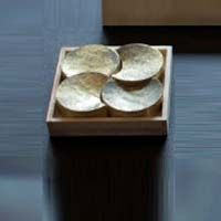 The best of modern Japanese design and craftsmanship from ceramics to glass to notebooks & pencils from top Japanese designers. Japanese Design, Floating Shelves, Ceramics, Glass, Modern, Home Decor, Ceramica, Japan Design, Pottery
