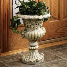 Grapevine Patio Urn Planter