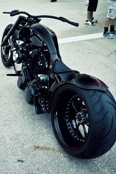 Black #vrod big wheel... smoking hot!