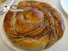 Tahinli Çörek Tarifi Bizbayanlar.com  #Maya, #Pekmez, #Şeker, #Süt, #Tahin, #Un, #Yağ,#ÇörekTarifleri http://bizbayanlar.com/yemek-tarifleri/hamurisi-tarifleri/corek-tarifleri/tahinli-corek-tarifi/