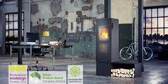 bionic fire™ STUDIO. Die gradlinige Designvariante von bionic fire™ EVO. Sie überzeugt mit selbstbewusster, klarer Linienführung und der ganzen Palette der einzigartig intelligenten, automatischen Abbrandsteuerung, mit der bionic fire™ neue ökologische Massstäbe setzt. Bionic fire™ STUDIO ist gemacht für designbewusste Menschen, die das saubere Feuern lieber der Technik überlassen.