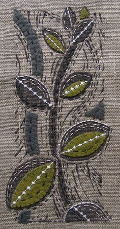 Print on linen, embellish with embroidery and wool applique Sashiko Embroidery, Japanese Embroidery, Embroidery Applique, Embroidery Stitches, Embroidery Patterns, Machine Embroidery, Sewing Stitches, Cross Stitches, Stitch Patterns