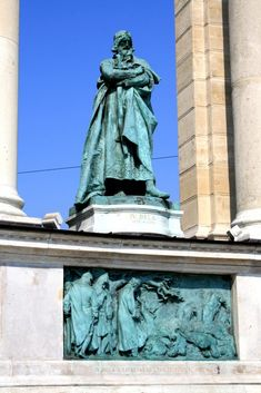 Béla IV of Hungary, King Béla IV rebuilds the country after the Mongol invasion - Hősök tere - Wikipedia Age Of King, Cemetery Records, Hungary, Romania, Budapest, Statue Of Liberty, Around The Worlds, History, Pictures