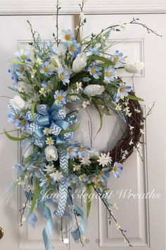 Newest Images blue Spring Wreath Suggestions If you're straight into building DIY early spring wreaths, you might have perhaps challenged task Spring Door Wreaths, Deco Mesh Wreaths, Easter Wreaths, Summer Wreath, Holiday Wreaths, Floral Wreaths, Wreath Crafts, Diy Wreath, Grapevine Wreath
