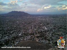 TURISMO EN CIUDAD JUÁREZ. Ciudad Juárez se ha convertido en el punto principal para los viajeros de negocios que desean establecer tratos comerciales con empresas de nivel mundial establecidas a lo largo de la frontera, ofrece gran infraestructura, múltiples hoteles, vida nocturna, restaurantes y atractivos turísticos. . #visitachihuahua