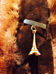 Eiffel Tower Pin, Souvenir France Pin, Gold Tone Charm by missenpieces on Etsy