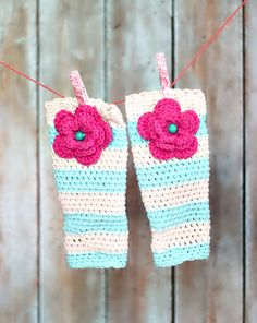 Girls Leg Warmers Crochet Leg earners with adorable crochet flowers.. I want these for my girls:)