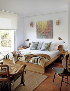 Keltainen talo rannalla: Rustiikkia, valkoista ja tyylikästä