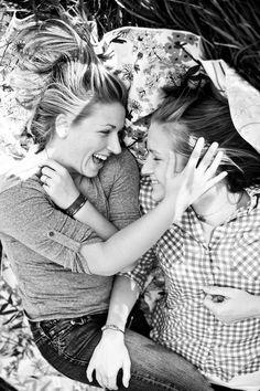 picnic lesbian engagement session