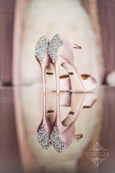 Gorgeous Badgley Mischka wedding shoes - blush. Shoe detail photo. Blush wedding shoe.