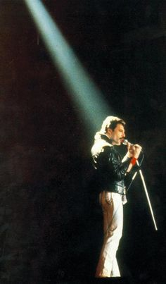 Freddie Mercury-one of my fave vocalists ever. Beautiful voice.