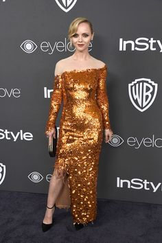 Diane Kruger & Miranda Kerr Bring Their Fashion A-Game to Golden Globes After Party Photo Miranda Kerr, Diane Kruger, and Malin Akerman look oh-so-chic on the black carpet! The three celebs hit up the 2017 Golden Globes after party hosted by Warner… Christina Ricci, Seinfeld, Looks Teen, Golden Globes After Party, Stewart, Sarah Michelle Gellar, Sarah Hyland, Diane Kruger, Miranda Kerr