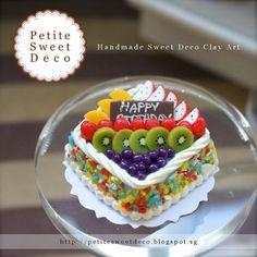 Imán Fresh Fruit Cake Confeti miniatura - de forma cuadrada - Torta de cumpleaños - Faux Alimentos - Miniatura Dollhouse - Petite dulce de Deco