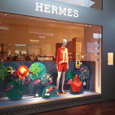 @visivo_merch #hermes window at...Instagram photo | Websta (Webstagram)
