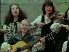The Kelly Family David´s Song - Who´ll come with me. Que lindo John, Paddy, Angelo... e os outros não sei todos os nomes. OLHAR NOVAMENTE.