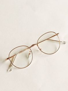 Check out this Metal Frame Glasses on Shein and explore more to meet your fashion needs! Rose Gold Glasses, Fake Glasses, Cool Glasses, Circle Glasses Frames, Hipster Glasses, Glasses Frames Trendy, Round Gold Frame Glasses, Stylish Glasses For Women, Vintage Glasses Frames