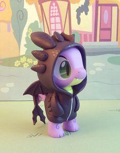 Hoodie Spike by krowzivitch on deviantART