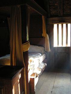 and another inn Primitive Bedroom, Primitive Homes, Primitive Antiques, Primitive Country, Dragon Age, Architecture, Hearth, Interior Design, Inspiration