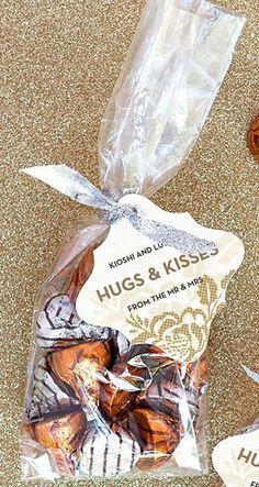 Hugs and Kisses Wedding Favors / http://www.himisspuff.com/cute-fun-wedding-favor-ideas/  #ArthursJewelers