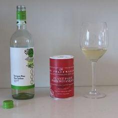 The Frauxmagerie ( Fromage Vegan, Shaker, Free Plants, Sauvignon Blanc, Match Making, Sans Gluten, Pasta Dishes, White Wine, Vodka Bottle