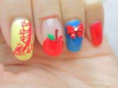 Snow White nail art