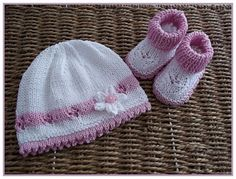 He encontrado este interesante anuncio de Etsy en https://www.etsy.com/es/listing/90618346/baby-knitting-pattern-for-baby-girls-or