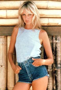 Lesley Lawson (Twiggy) in jeans shorts, 1970s
