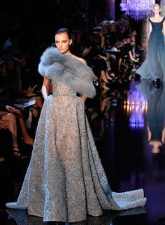 Paris Haute Couture: Elie Saab fall 2014 couture show   canada.com Prom Dresses With Sleeves, Modest Dresses, Nice Dresses, Amazing Dresses, Party Fashion, High Fashion, Fashion Outfits, Women's Fashion, African Fashion