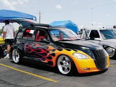 Google Image Result for http://image.lowrideredge.com/f/8465115/0405lre_04z%2BChrysler_PT_Cruiser%2BPassengers_Side_View.jpg