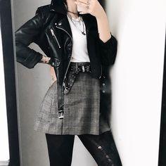 Dark Fashion, Grunge Fashion, Autumn Fashion, Emo Fashion, Rock Chic, Rock Style, Tomboy Outfits, Grunge Outfits, Fresh Outfits