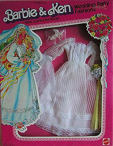 Wedding party fashions Here comes the bride Barbie outfit 2 asst Barbie 80s, Vintage Barbie Clothes, Barbie Dream, Barbie World, Barbie And Ken, Vintage Outfits, Vintage Toys, Fashion Tv, Party Fashion